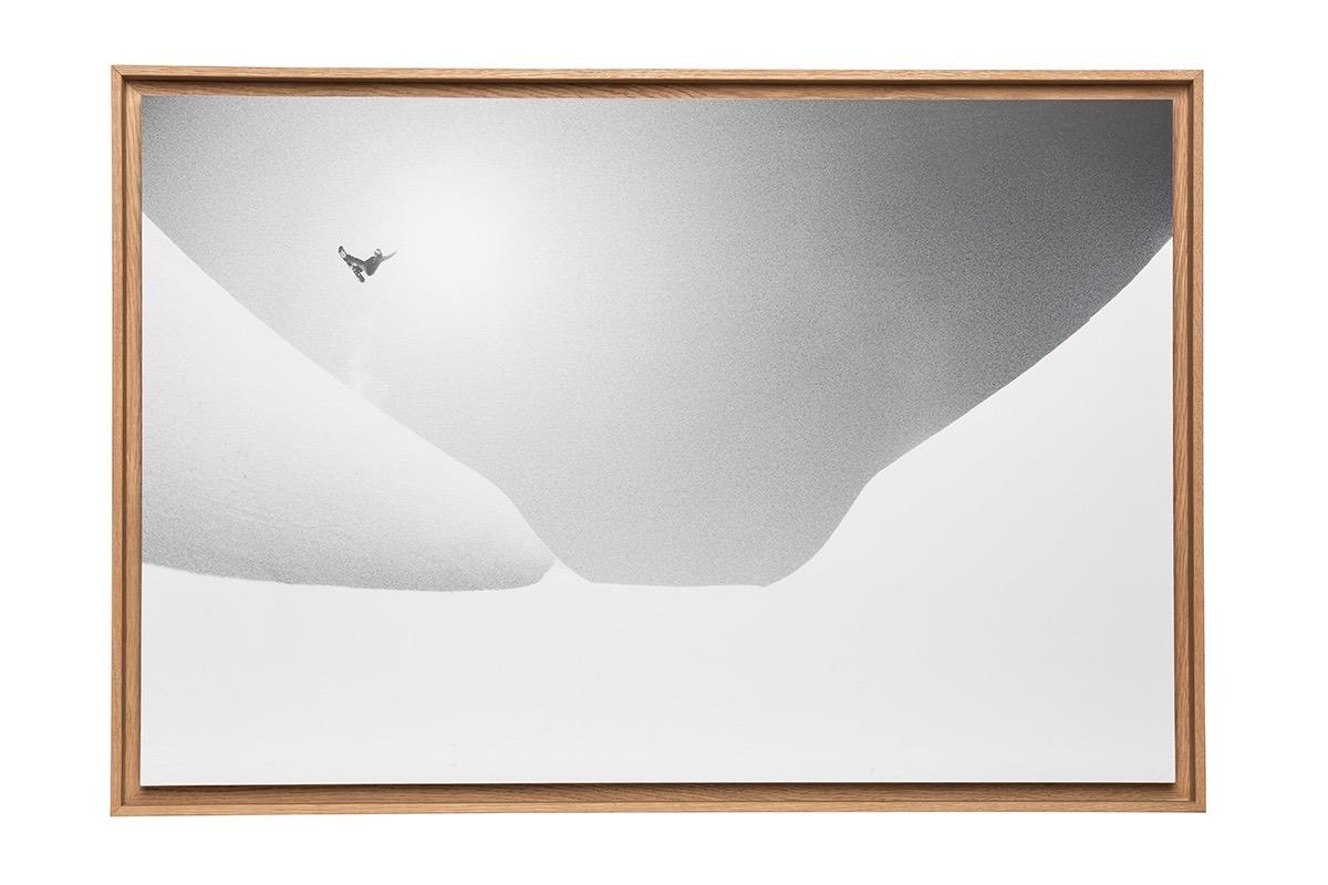 Photographie de ski encadrée sous caisse américaine chêne