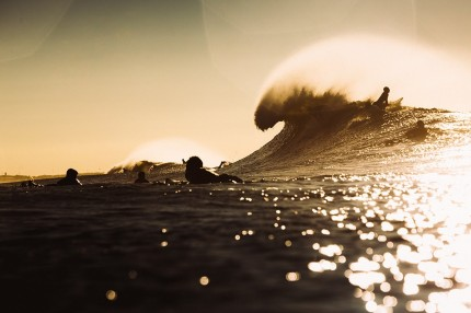Air combs the surf
